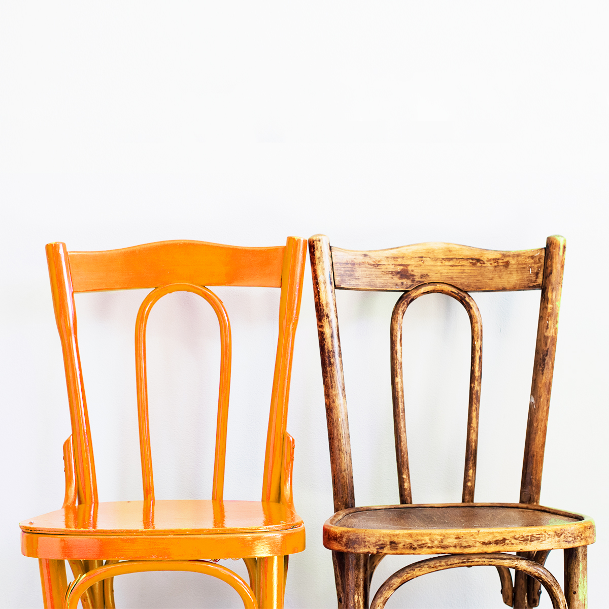 refinishing chairs with paint