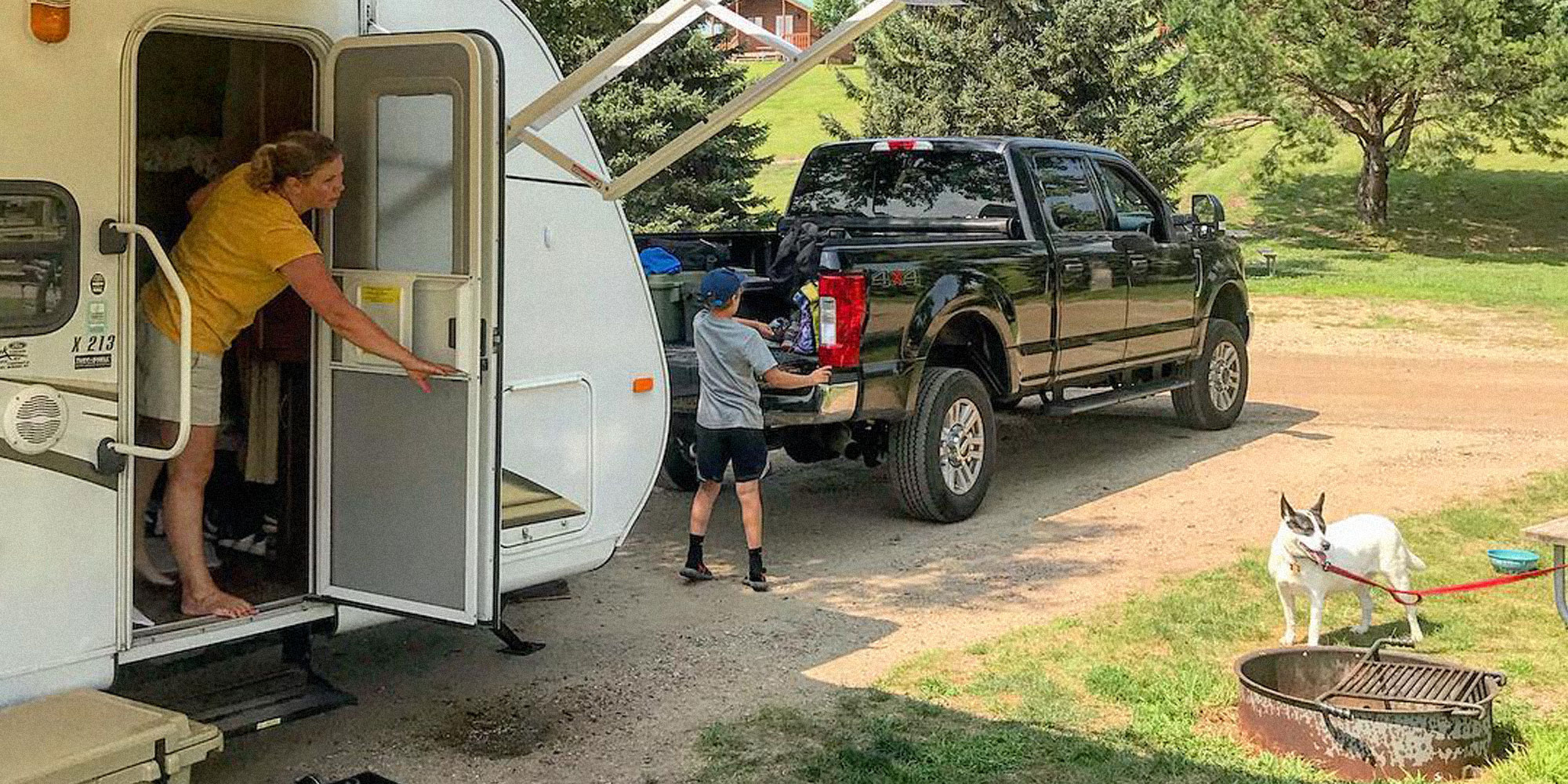truck towing RV